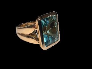 Fine Aquamarine Ring