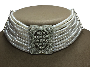 Dog Collar with Diamond Brooch