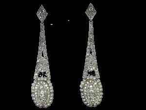Earrings around 1910