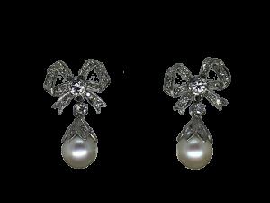 Vintage Earrings in Platinum